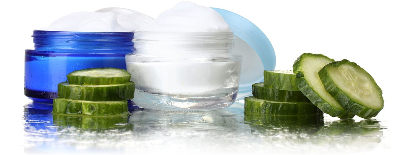 Facial-cream-and-fresh-sliced-cucumber
